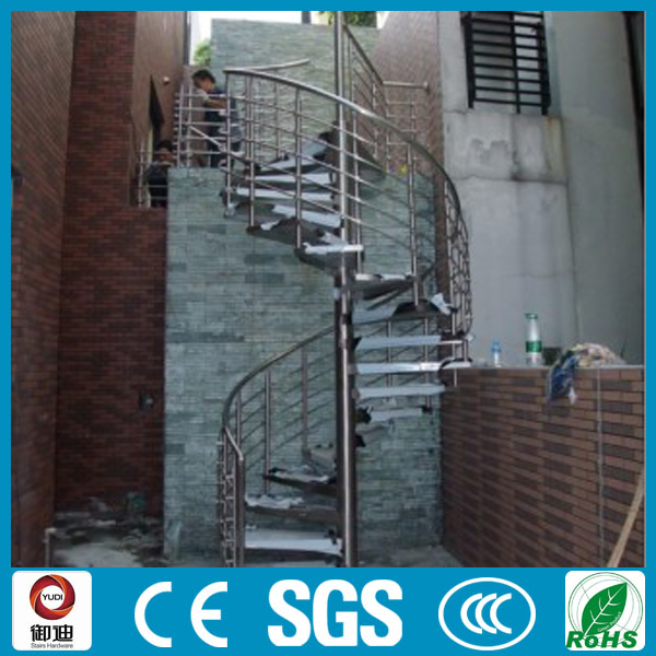 Exterior decorative metal spiral stairs