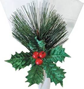 "C&F Home Set of 4 Pcs, 1.5"" Christmas Pine with Holly Leaf & Berry Napkin Ring"