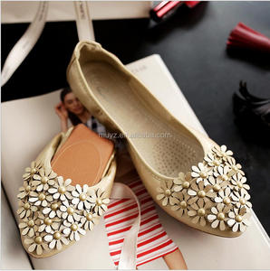 L1428A 2017 latest Woman leather Casual Summer Fashion Flat Ladies 34-45 sizes Shoes