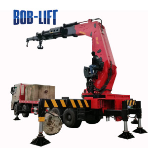 Tractor Truck Mobile Crane with Compact Structure Design SQ30ZA5