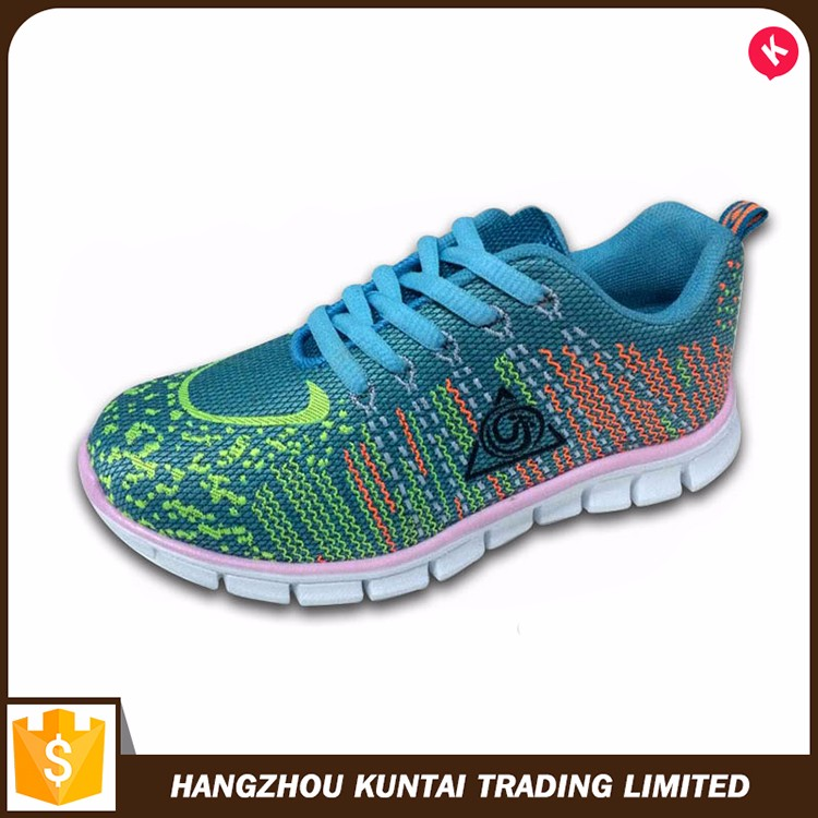 Promotional top quality men`s running shoes