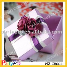 Candy box for colorful wedding favors and gifts