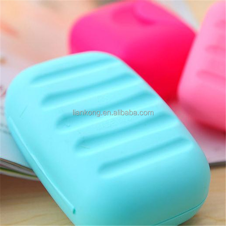wholesale cute candy color Travel soap box plastic soap case With cover with lock soap box