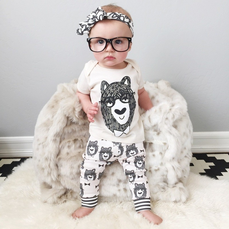 2017 Hot Selling 2 Pieces Cartoon Newborn Baby Clothes For 4 Months
