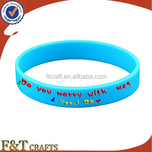 fashion thick custom cheapest debossed silicone allergy bracelet for cancer clarity