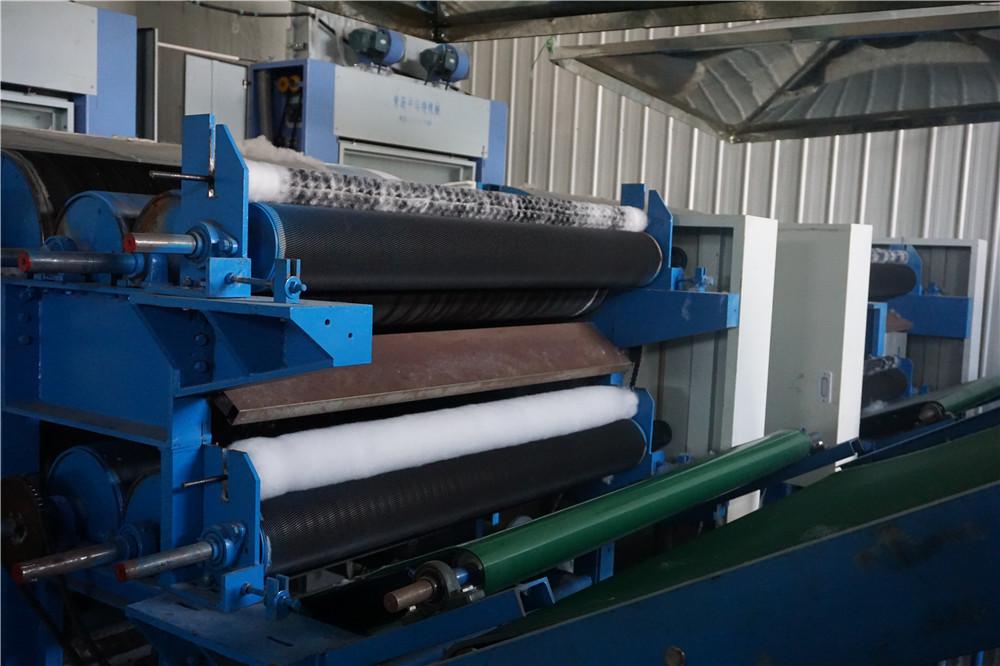 Çin En Iyi Fiyat polyester haddeleme keçe anti-statik iğne filtre malzemesi (polyester) delikli fabrika doğrudan satış ile