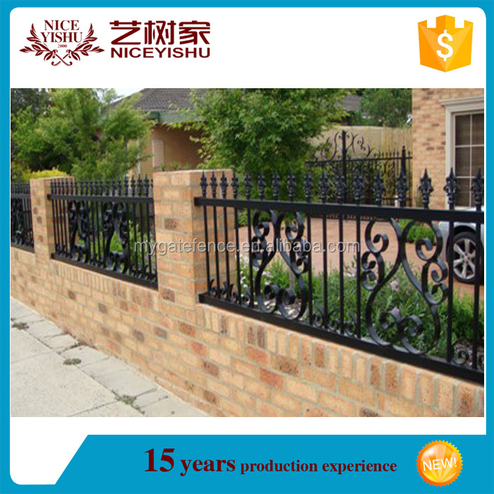Yishujia factory corten steel fence, steel tube fence panels fence post prices