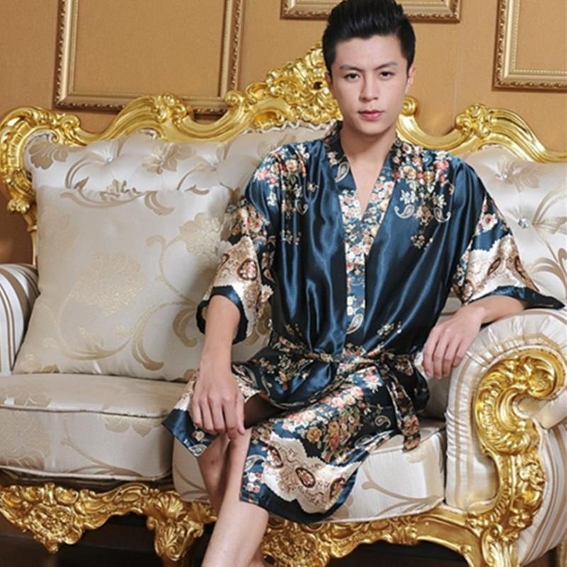 4bdaa0be8937 1шт мужчин халаты банный халат халат для мужчины плюс Размер Manview мужские  сексуальные пижамы мужское кимоно шелк бесплатная доставка Шелковый халат  ...