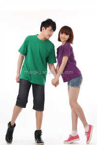 sweet lover's couple wearing T-shirt,customized logo