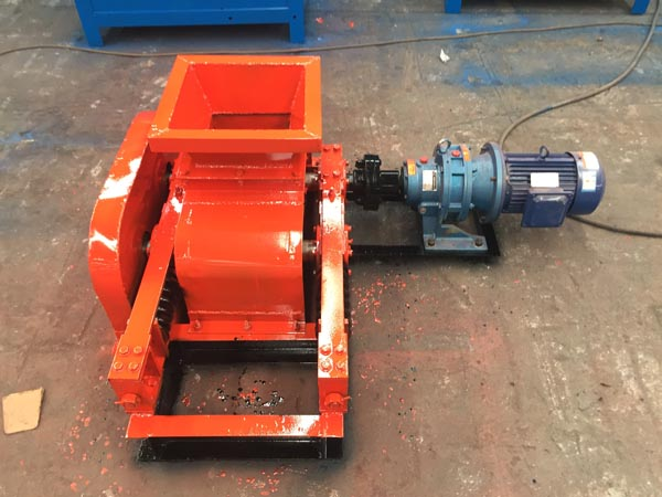 mini mineral ore teeth roller crusher/small size grade crusher , popular in foreign countries