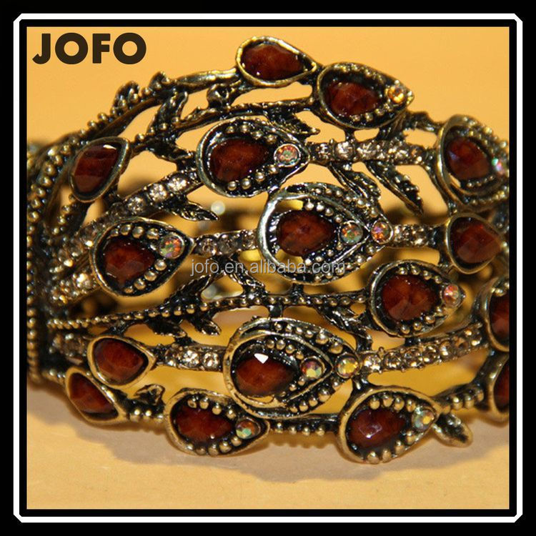 Hot Sale Antique Golden Pated Black Resin Indian crystal Bangles Wholesale Low MOQ