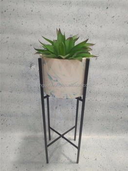 CERAMIC FLOWER POT with metal stand