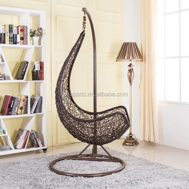Salle de lecture loisirs meubles fauteuil suspendu avec for Fauteuil de lecture confortable