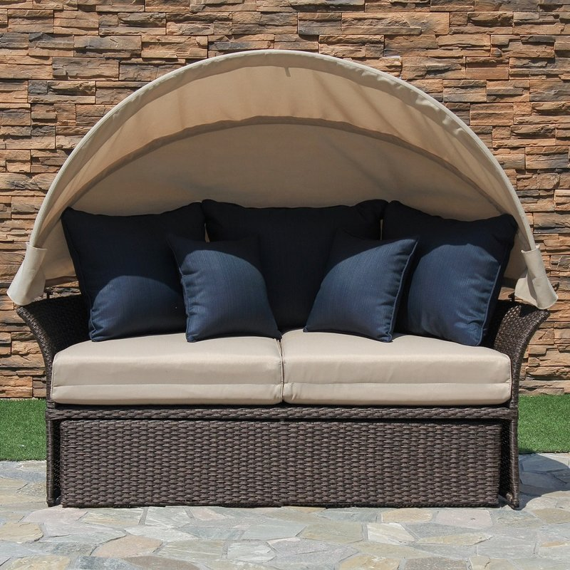 brown wicker ratan 360 Degree rotating day bed Furniture with canopy outside daybed