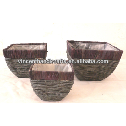 Tradtional antique grungy corn rope woven flower pots plastic liner plant basket