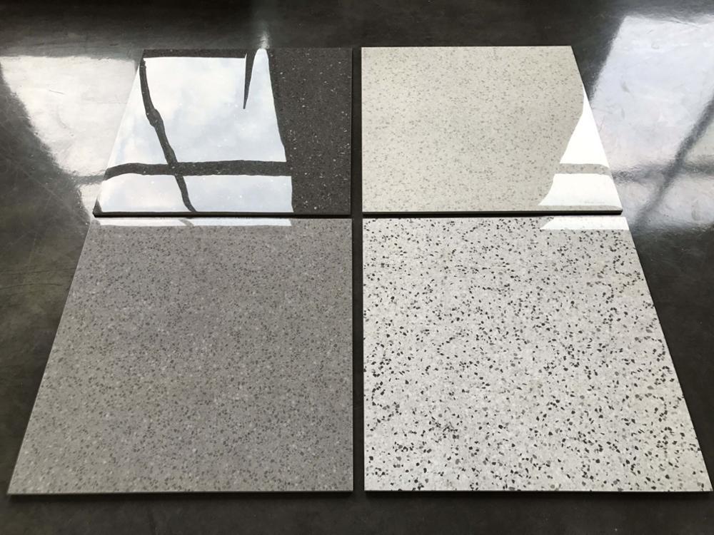 Terrazzo Tegels Badkamer : Antislip terrazzo tegels en knikkers voor badkamer te