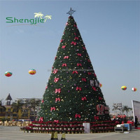 J080404 giant artificial Christmas tree high quality PVC snowing christmas tree
