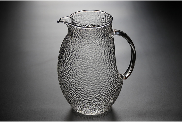 glass-carafe-with-lid.jpg