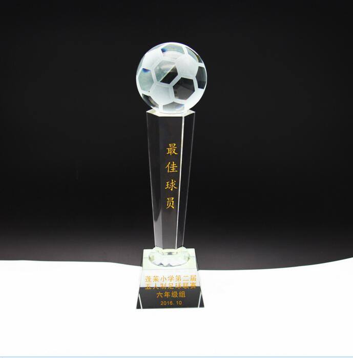 Newest promotional gift camel acrylic trophy base fantasy fotball trophy as a prize in a football competition