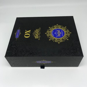 cardboard packing box with magnetic lid close for XO wine