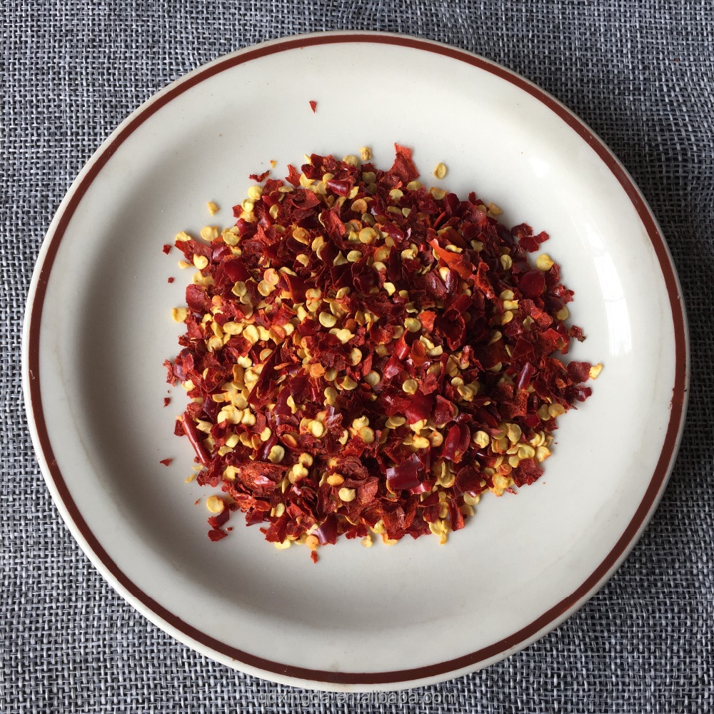 chili crushed with seed dried red chilli