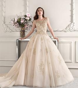 Gold Applique Wedding Dress Plus Size Wedding Gown Manufacturers