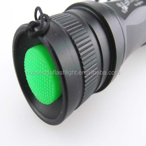 UltraFire E6 1xCREE XM-L2 1800 Lumens 5-Mode LED Zooming Flashlight (1x18650/3xAAA)