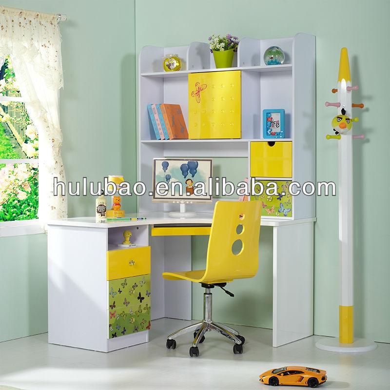 Moderno escritorio de la computadora esquina con - Estanteria para ninos ...