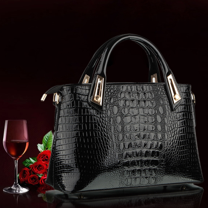 22a2c26df1 Sac A Main Imitation Croco - Joann Colon Blog