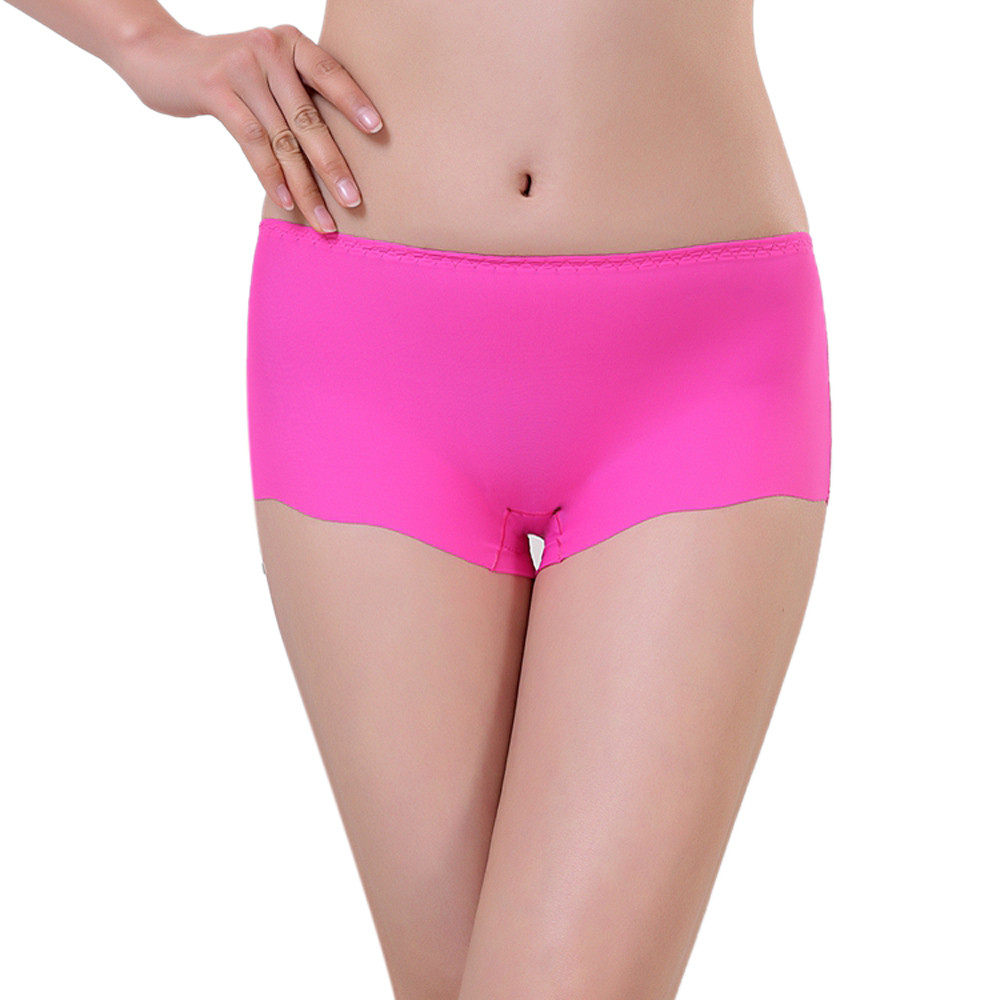 Enjoy Leonisa's seamless panties. Our seamless undies for women will disappear under your clothing. Get the market's best invisible panties here! | Leonisa USA.