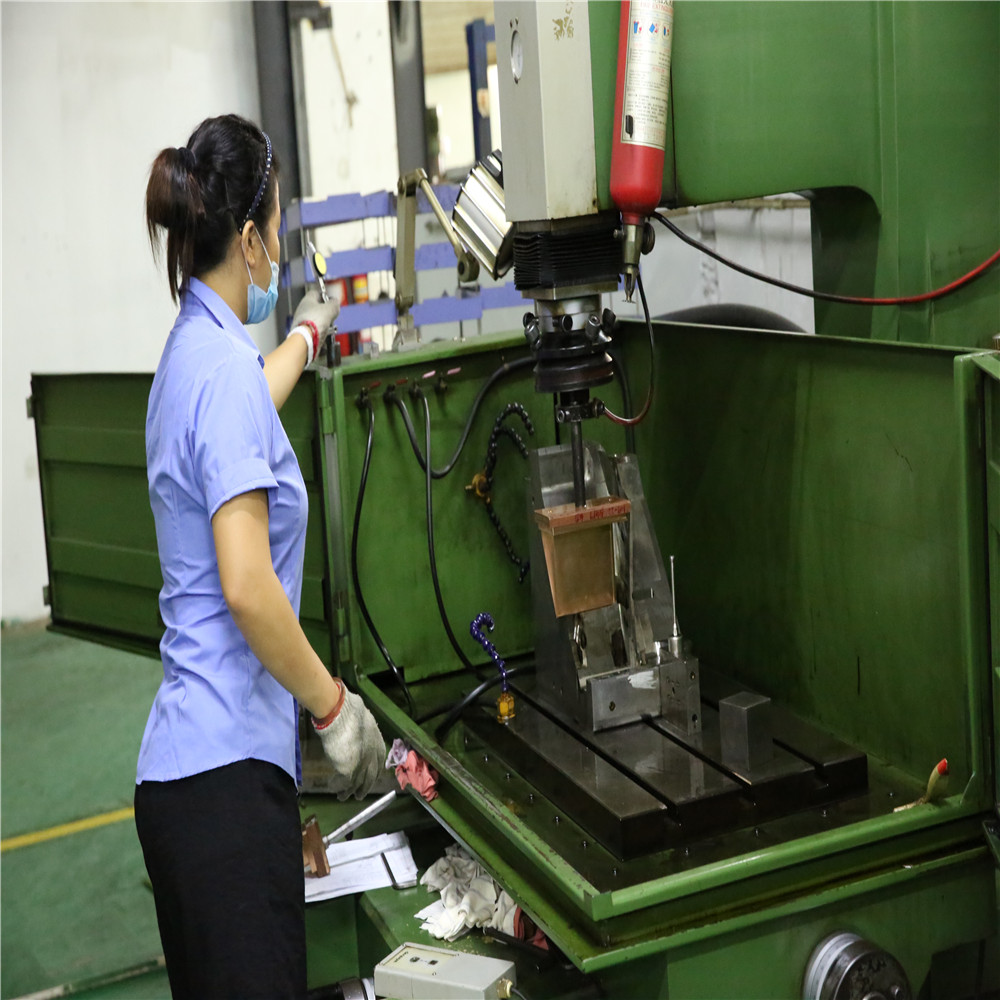 china mold supplier wholesale plastic injection molding service