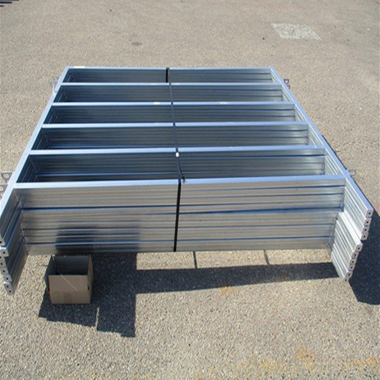 Metal Frame Material and Eco Friendly Feature cattle fencel panels