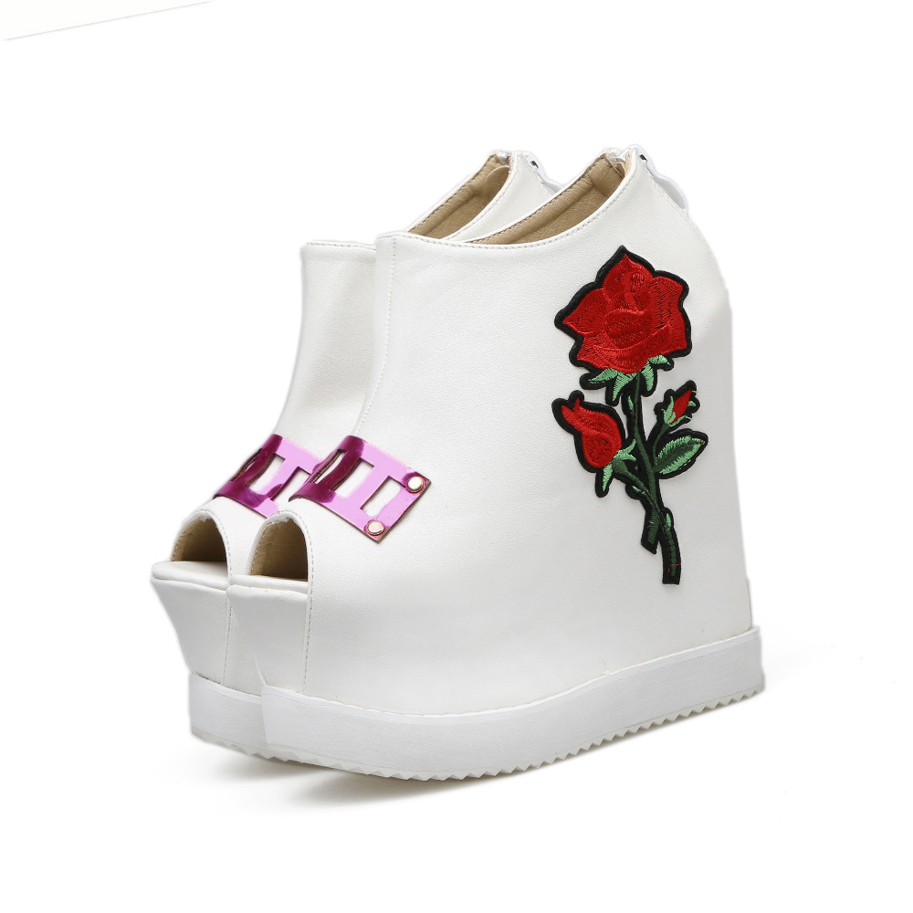 embroidery flower slope heel thick bottom girls Fish- mouth boots short women