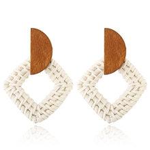 Новые модные висячие серьги ручной работы для женщин и девочек, деревянное соломенное плетение, Ротанговые серьги с большим круглым шарико...(Китай)