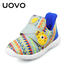 branded stock sport style fashion soft baby shoe