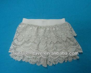 White Crochet Patterns Divided Skirt Crochet Short Pants Pattern