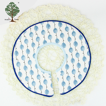 Muslin tree custom logo round muslin fabric baby bib for kids