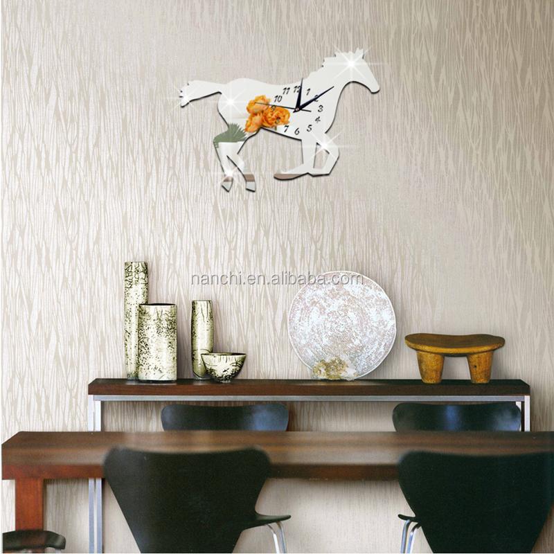 Beau cheval de course moderne Horloge Murale tv fond canapé ...