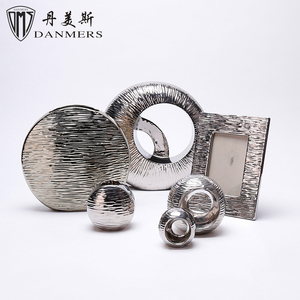 Low price 6 pcs electroplate silver arts and craft fine porcelain vases home decor ceramic decoration