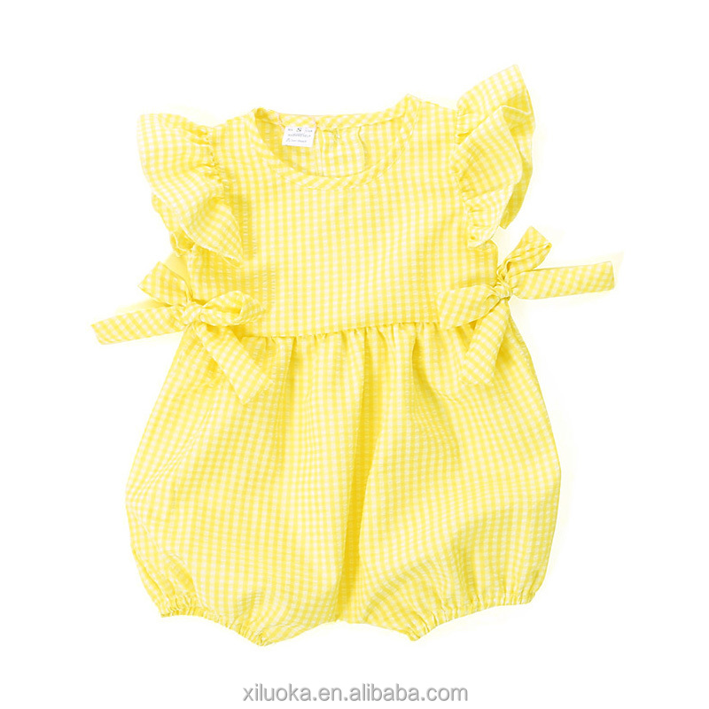 Stylish baby boutique romper infant girl seersucker smocked baby bubble romper