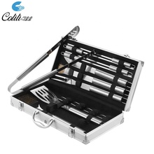 Semplice caso di alluminio 18 Pcs regalo barbecue grill tools <span class=keywords><strong>set</strong></span>