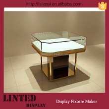 Good looking customized jewellery counter display