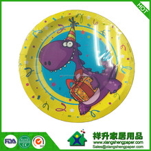 paper plates with cartoon prints and happy birthday prints 7'&9