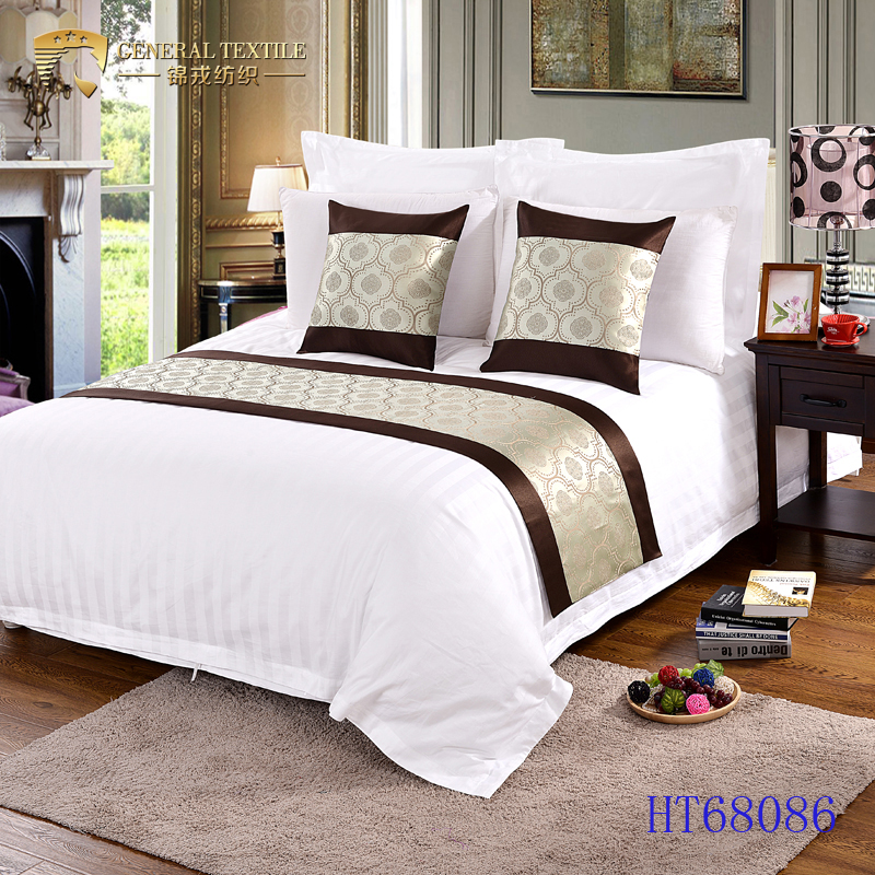 Luxury hotel king size jacquard decorative bed scarves and runners