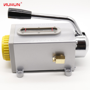 Easy operation hydraulic hand pump oiler lubricant oil pump