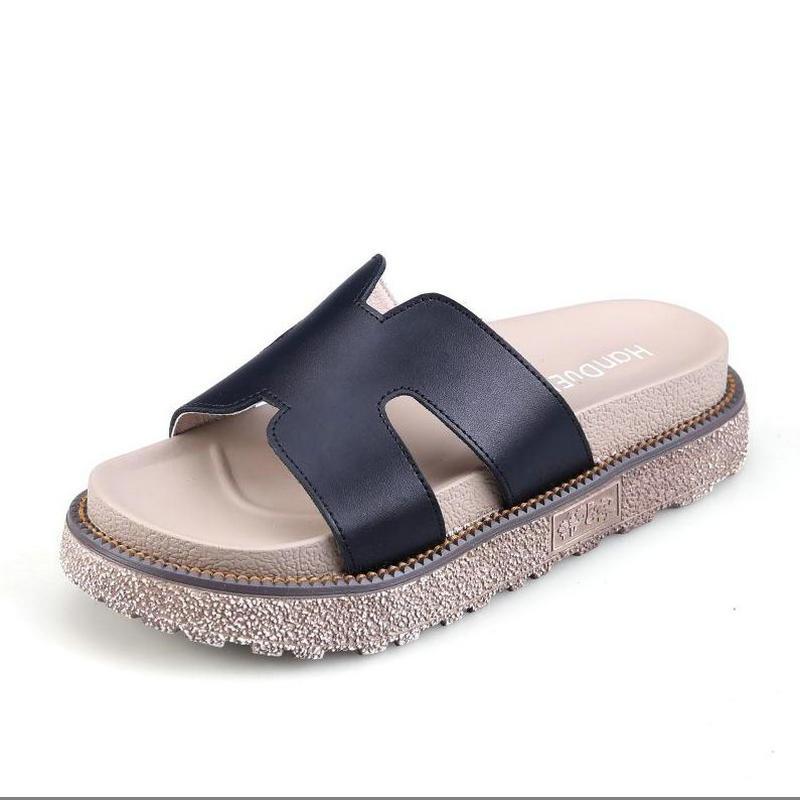 Confortable Slip On Flat Bottom Walking Shoes For Men