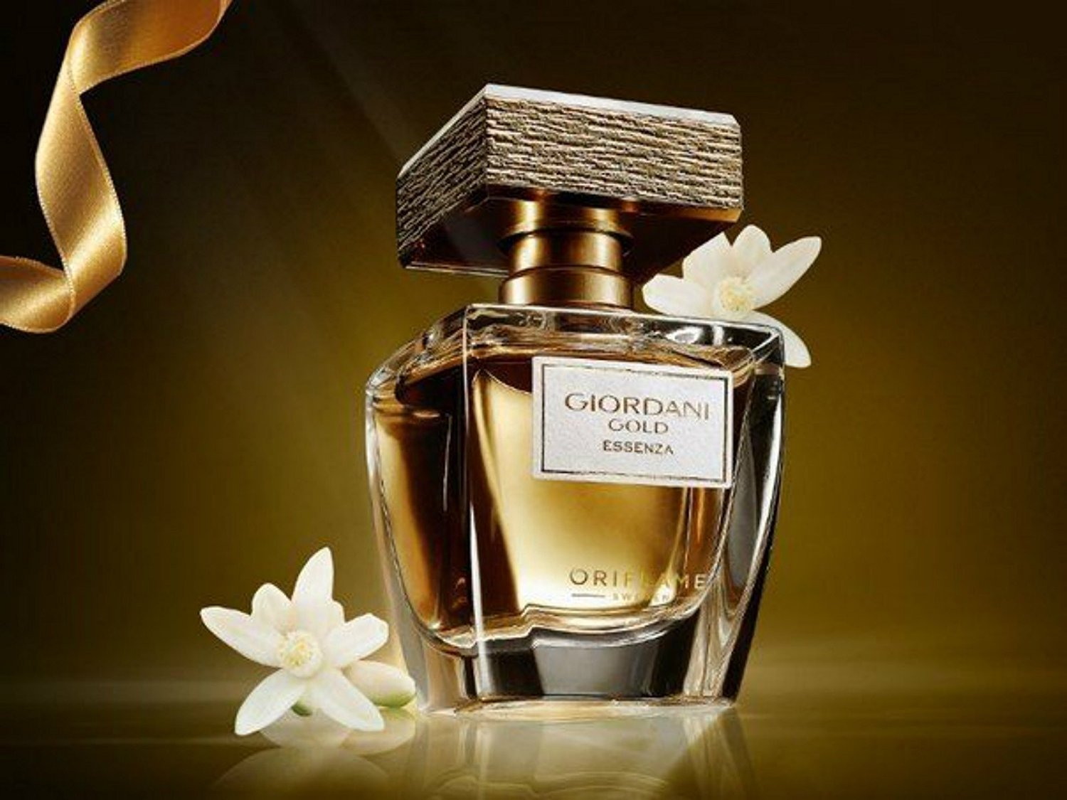 Buy Giordani Gold Essenza Parfum In Cheap Price On Alibabacom