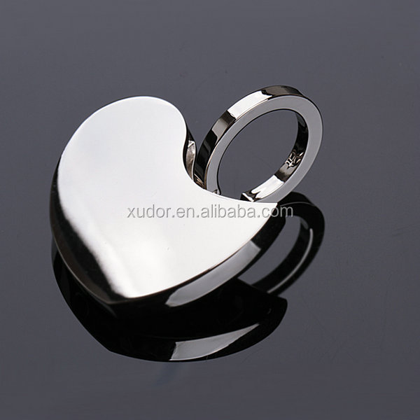 DISCOUNT GIFT METAL LOVELY CREATIVE PULL TWIST HEART KEY CHAIN