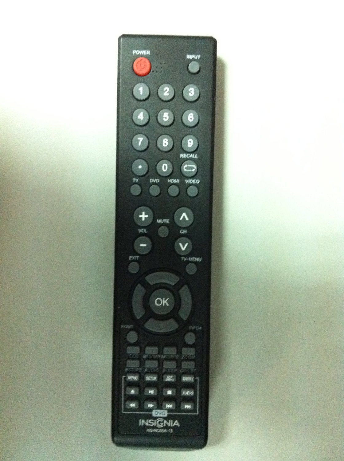 NEW Insignia Combo DVD+TV remote NS-RC05A-13 (NS-RC04A-12) for all Insignia combo brand LCD LED DVD TV, Such as NS-24LD100A13 NS-32LD120A13 NS-29LD120A13 NS-19ED200NA14 NS-28ED200NA14 NS-19LD120A13 NS-LTDVD19-09 NS-LTDVD26-09 NS-LTDVD32-09 NS-LDVD19Q-10A NS-LDVD26Q10A NS-LDVD32Q10A COMB DVD+TV