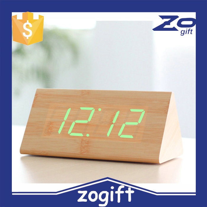 Zogifts Lowest Price High Quality Wood square 13 colors selectable LED Alarm Digital Desk Clock Wooden